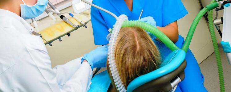 лечение зубов детям под наркозом севоран